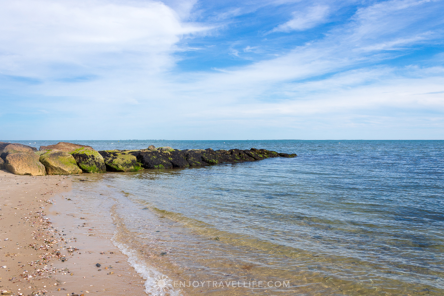 Waterfront Weekend in Chatham - Chatham Tides Inn Private Beach