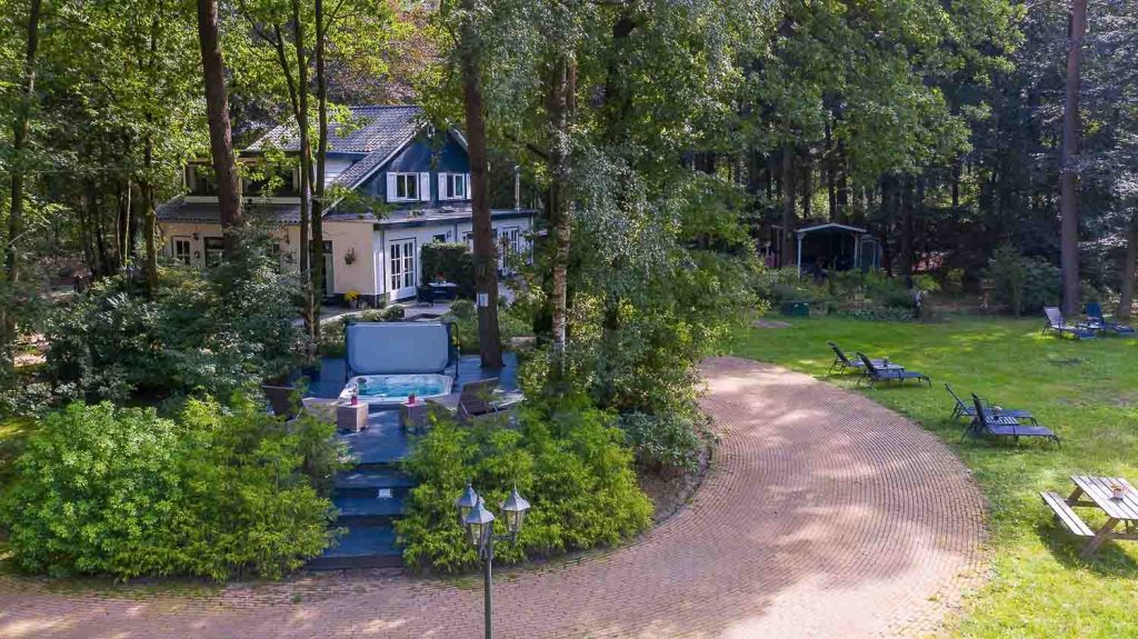 Family rental property, cottages and cabins in nature
