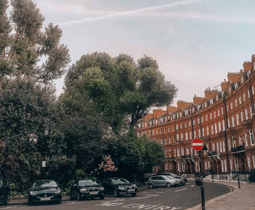 Knightsbridge, West London (UK Walking Tours stop)