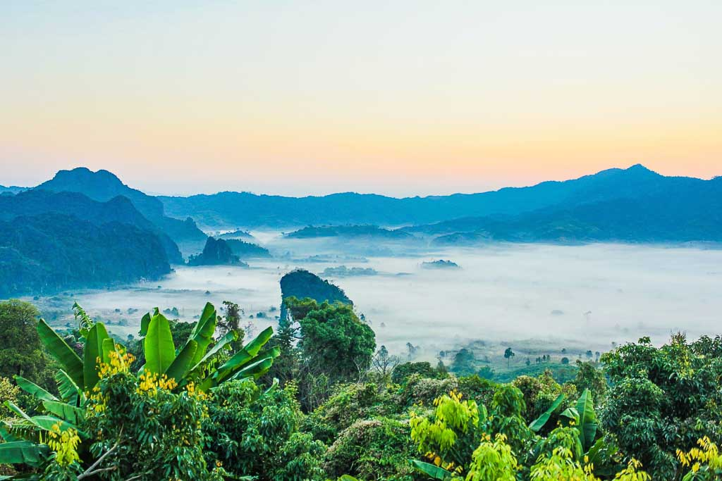 Best Places To Live In Thailand: tropical mountain scene