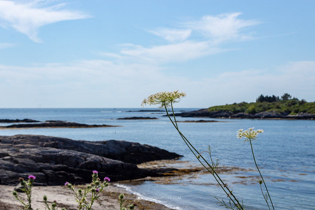 A view of the Atlantic Ocean and islands as seen from Bailey Island Maine