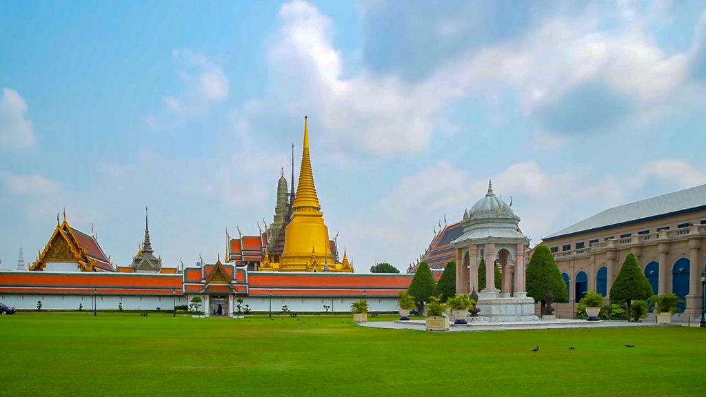 24 Hours in Bangkok - A view of the Grand Palace