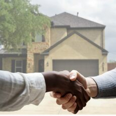 7 Professionals You Should Hire Before You Move to a New House